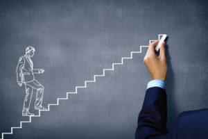 Autodisciplina: desenho de um homem subindo uma escada continuamente